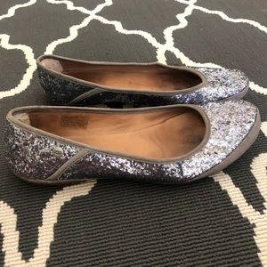 UGG AUSTRALIA silver glitter ballet flats Antora